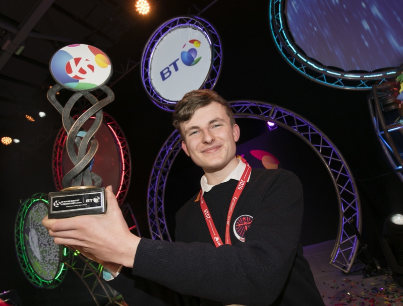 Irish student to have asteroid named after him after winning a top award at international science fair