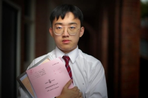 In China, Nicholas studied maths 20 hours a week. In Australia, it's three