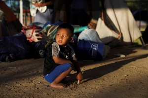 Parents Stuck In Mexico Are Sending Kids As Young As 4 Across The U.S. Border Alone