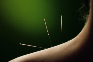 Unregistered acupuncturist banned after patient suffers collapsed lung