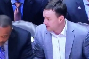 Indiana's Miller, assistant Flint get in heated argument during cold spell