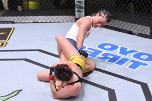 UFC on ESPN 9 results: Mackenzie Dern taps gritty Hannah Cifers for first leg submission in women's UFC history