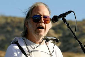Neil Young opposes use of his music at Trump Mt Rushmore event: 'I stand in solidarity with the Lakota Sioux'