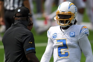 Tyrod Taylor sent to hospital with chest pains but will remain starter if healthy