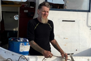 SA boatie Tony Higgins still missing as police call off search after third day