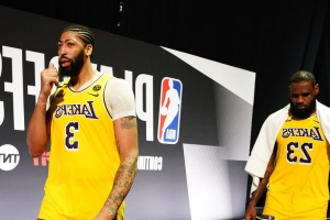 Lakers list AD as questionable, LeBron as probable for Game 5